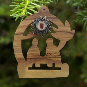ACM179 Nativity Ornament with Relic